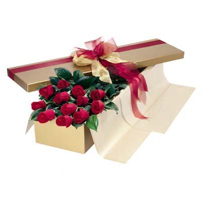 Uşak cicekciler , cicek siparisi  10 adet kutu özel kutu