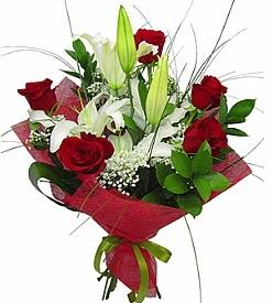 1 dal kazablanka 5 kırmızı gül buketi  Uşak kaliteli taze ve ucuz çiçekler