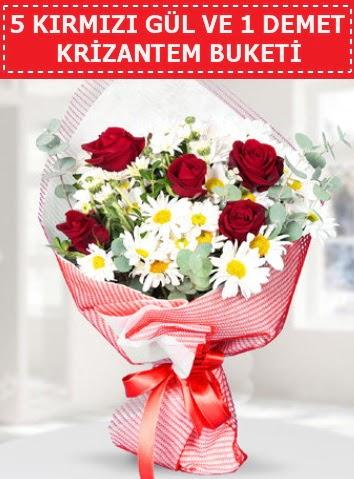 5 adet kırmızı gül ve krizantem buketi  Uşak çiçek satışı