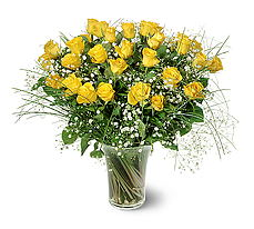 Uşak çiçek siparişi sitesi  15 adet sarigül mika yada cam vazoda
