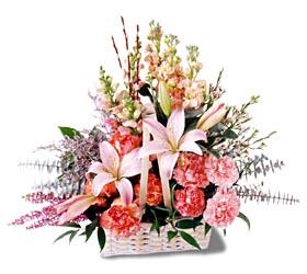 Uşak çiçek siparişi sitesi  mevsim çiçekleri sepeti özel tanzim
