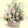 Uşak 14 şubat sevgililer günü çiçek  sepette pembe güller
