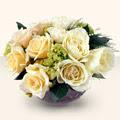 Uşak güvenli kaliteli hızlı çiçek  9 adet sari gül cam yada mika vazo da  Uşak İnternetten çiçek siparişi
