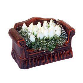seramik içerisinde 11 gül  Uşak hediye çiçek yolla