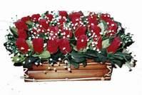 yapay gül çiçek sepeti   Uşak çiçek siparişi vermek