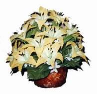 yapay karisik çiçek sepeti   Uşak çiçek siparişi sitesi