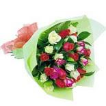 12 adet renkli gül buketi   Uşak çiçek gönderme sitemiz güvenlidir