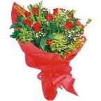 10 adet kirmizi gül buketi  Uşak çiçek yolla