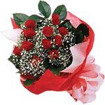 Uşak internetten çiçek satışı  KIRMIZI AMBALAJ BUKETINDE 12 ADET GÜL