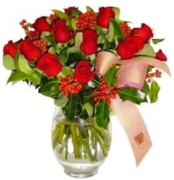 Uşak çiçekçi mağazası  11 adet kirmizi gül  cam aranjman halinde