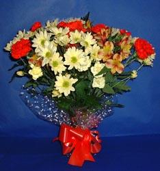 Uşak hediye çiçek yolla  kir çiçekleri buketi mevsim demeti halinde