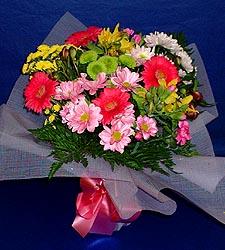 karisik sade mevsim demetligi   Uşak 14 şubat sevgililer günü çiçek