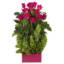 12 adet kirmizi gül aranjmani  Uşak çiçek mağazası , çiçekçi adresleri