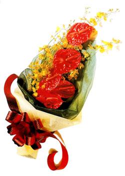 özel 5 adet antorium buketi   Uşak çiçek gönderme sitemiz güvenlidir