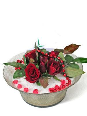 Uşak çiçek siparişi vermek  EN ÇOK Sevenlere 7 adet kirmizi gül mika yada cam tanzim
