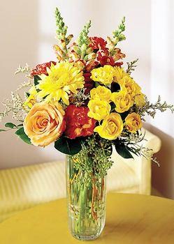 Uşak 14 şubat sevgililer günü çiçek  mika yada cam içerisinde karisik mevsim çiçekleri