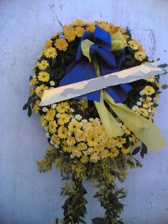 Cenaze çiçek , cenaze çiçegi , çelengi  Uşak cicek , cicekci