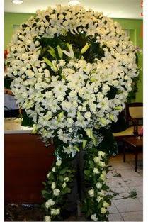 Cenaze çelenk , cenaze çiçekleri , çelengi  Uşak çiçek satışı