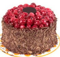 çikolatali franbuazli yas pasta 4 ila 6  Uşak çiçek gönderme