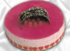 pasta siparisi 4 ile 6 kisilik yas pasta framboaz yaspasta  Uşak güvenli kaliteli hızlı çiçek