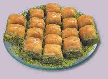pasta tatli satisi essiz lezzette 1 kilo fistikli baklava  Uşak internetten çiçek siparişi
