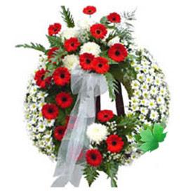 Cenaze çelengi cenaze çiçek modeli  Uşak uluslararası çiçek gönderme
