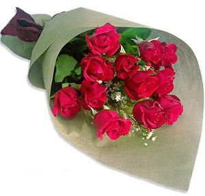 Uluslararasi çiçek firmasi 11 adet gül yolla  Uşak çiçek mağazası , çiçekçi adresleri