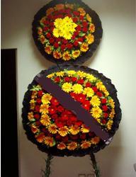 Uşak çiçekçi mağazası  cenaze çiçekleri modeli çiçek siparisi