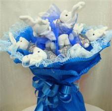 7 adet pelus ayicik buketi  Uşak çiçek , çiçekçi , çiçekçilik