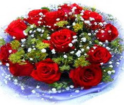 9 adet kirmizi güllerden buket  Uşak çiçekçi telefonları