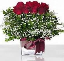 Uşak internetten çiçek satışı  mika yada cam vazo içerisinde 7 adet gül