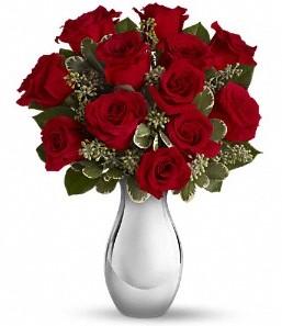 Uşak çiçek siparişi vermek   vazo içerisinde 11 adet kırmızı gül tanzimi