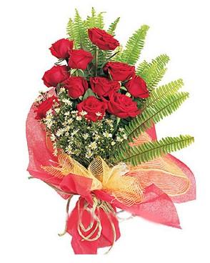 Uşak İnternetten çiçek siparişi  11 adet kırmızı güllerden buket modeli