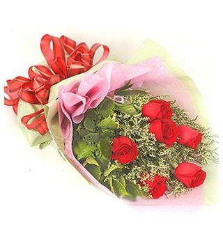 Uşak çiçek , çiçekçi , çiçekçilik  6 adet kırmızı gülden buket