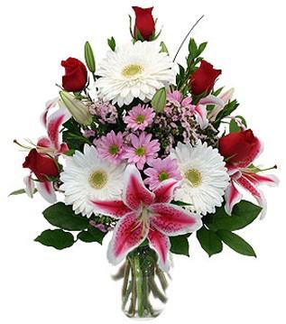 Uşak çiçek mağazası , çiçekçi adresleri  1 dal kazablanka 5 gül ve kırçiçeği vazosu