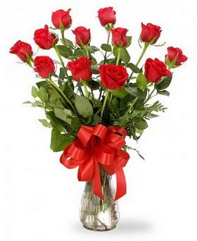 Uşak çiçek , çiçekçi , çiçekçilik  12 adet kırmızı güllerden vazo tanzimi