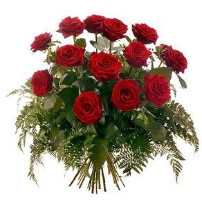 Uşak internetten çiçek satışı  15 adet kırmızı gülden buket