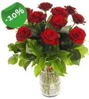 11 adet vazo içerisinde kırmızı gül  Uşak online çiçek gönderme sipariş