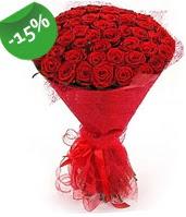 51 adet kırmızı gül buketi özel hissedenlere  Uşak çiçek siparişi sitesi
