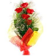 5 li kırmızı gül buketi  Uşak internetten çiçek satışı