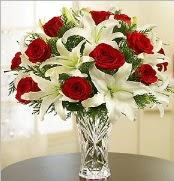 12 adet kırmızı gül 2 dal kazablanka vazosu  Uşak çiçek satışı