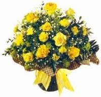 Uşak çiçek , çiçekçi , çiçekçilik  Sari gül karanfil ve kir çiçekleri