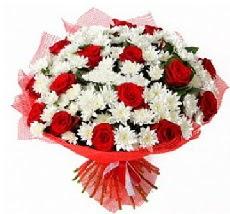 11 adet kırmızı gül ve 1 demet krizantem  Uşak çiçek mağazası , çiçekçi adresleri