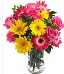 Vazoda Karışık mevsim çiçeği  Uşak çiçekçi mağazası