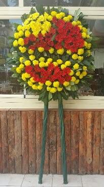 Cenaze çelengi çiçek modeli  Uşak çiçek mağazası , çiçekçi adresleri