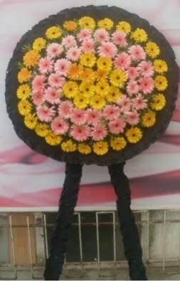 Görsel cenaze çiçeği  Uşak çiçekçiler