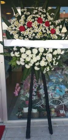 Cenaze çiçeği cenaze çiçek modelleri  Uşak çiçek gönderme
