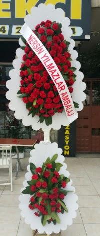 Çift katlı düğün nikah çiçeği modeli  Uşak hediye çiçek yolla