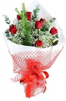 7 adet gülden kız arkadaşıma çiçek  Uşak çiçekçi telefonları