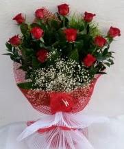 11 adet kırmızı gülden görsel çiçek  Uşak çiçek satışı